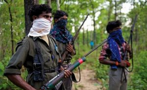 झारखंड: नक्सलवाद के खिलाफ पुलिस और राज्य सरकार ने छेड़ी जंग, 6 नक्सलियों पर रखा इनाम