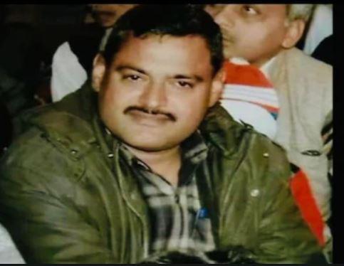 कानपुर हत्याकांड: राजनाथ सिंह सरकार में BJP नेता को थाने में घुस कर मारी थी गोली, जानिए कौन है वांछित अपराधी विकास दुबे?