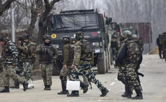 पुलवामा में आतंकी मुठभेड़, सुरक्षाबलों ने एक आतंकी को मार गिराया; सेना का जवान शहीद