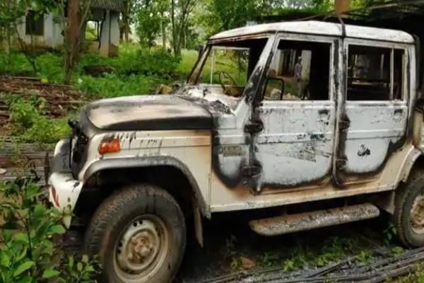 झारखंड: नक्सलियों ने कोल्हान वन विभाग के कार्यालय को दहलाया, ताबड़तोड़ आईईडी ब्लास्ट से किया हमला