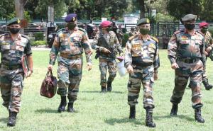 जम्मू पहुंचे सेना प्रमुख एमएम नरवणे, घुसपैठ और संघर्ष विराम उल्लंघन पर पाक को चेताया