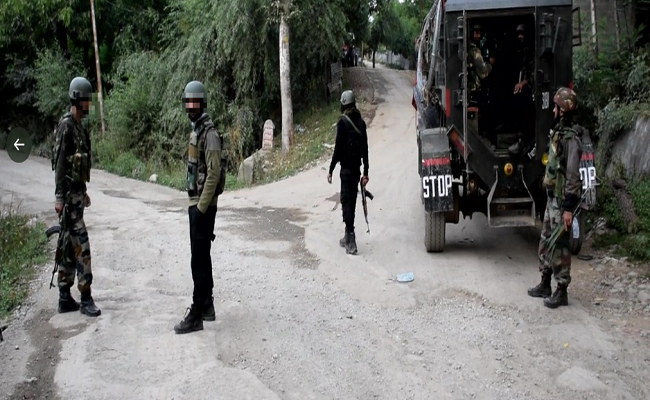 जम्मू-कश्मीर: शोपियां में आतंकी मुठभेड़, 24 घंटे में जवानों ने 6 आतंकियों को किया ढेर