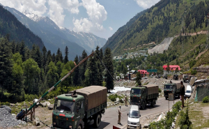 LAC पर भारत की जासूसी करवा रहा चीन, खुफिया एजेंसियों ने सेना को किया अलर्ट