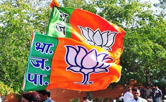 जम्मू-कश्मीर: आतंकी हमलों से डरे BJP नेता! पिछले 24 घंटों में 4 ने दिया पार्टी से इस्तीफा