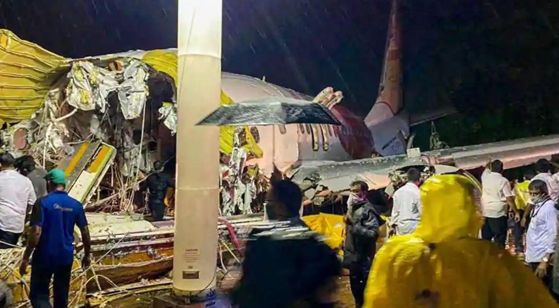 Kozhikode Plane Crash: दोनों पायलट समेत 18 लोगों की मौत, ऐसे पेश आया हादसा