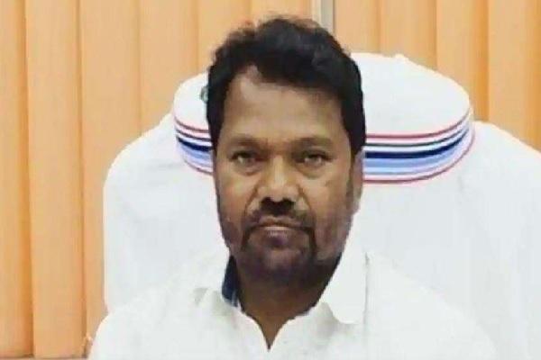 झारखंड के शिक्षामंत्री ने 53 साल की उम्र में लिया 11वीं क्लास में एडमिशन, बताई ये वजह