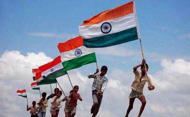 ये है झंडा फहराने का नियम, ऐसे फहराया जाता है स्वतंत्रता दिवस और गणतंत्र दिवस के दिन तिरंगा