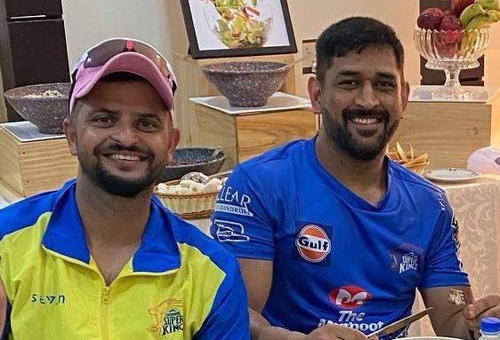 महेंद्र सिंह धोनी ने इंटरनेशनल क्रिकेट से लिया संन्यास, सुरेश रैना ने भी क्रिकेट को अलविदा कहा