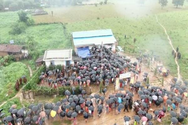 दंतेवाड़ा: नक्सल प्रभावित क्षेत्र में जगी नई उम्मीद, आजादी के बाद पहली बार इस गांव में लहराया तिरंगा
