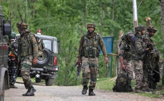 जम्मू-कश्मीर: बारामूला में सुरक्षाबलों और आतंकियों के बीच मुठभेड़, लश्कर के 3 आतंकी ढेर