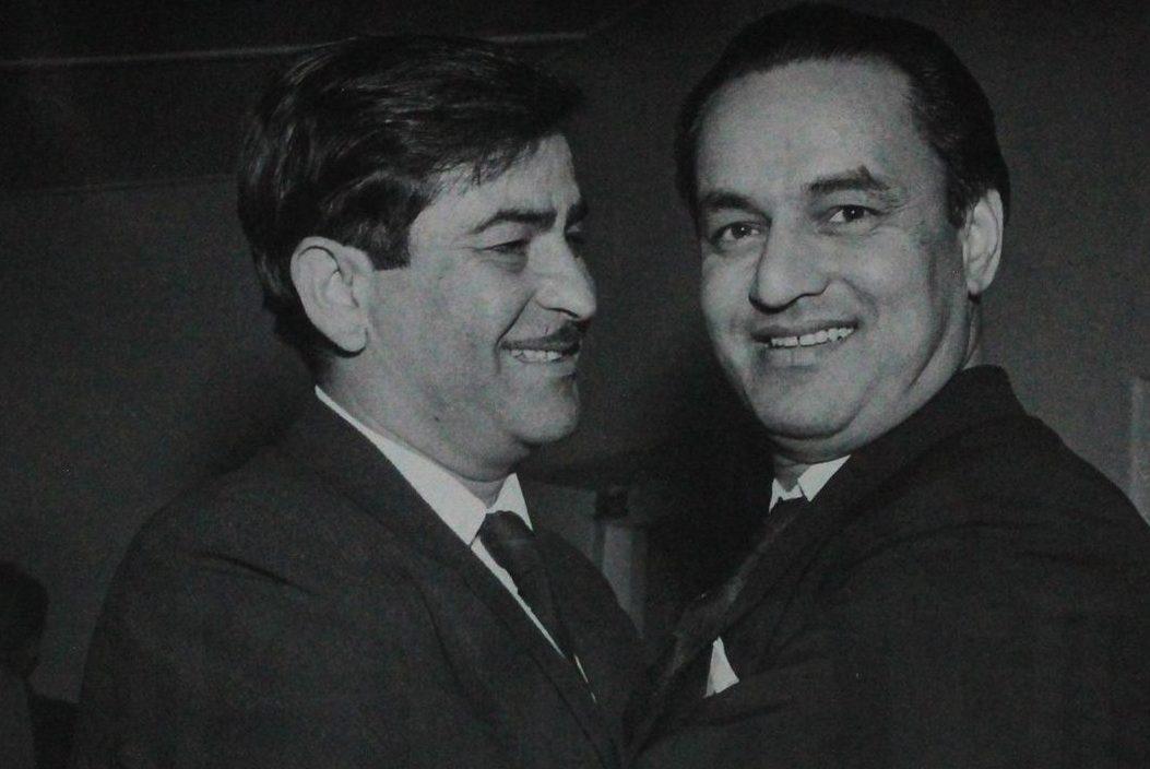 पुण्यतिथि विशेष: हिंदी गीतों को अंतर्राष्ट्रीय पहचान दिलाने वाले देश के पहले गायक थे मुकेश