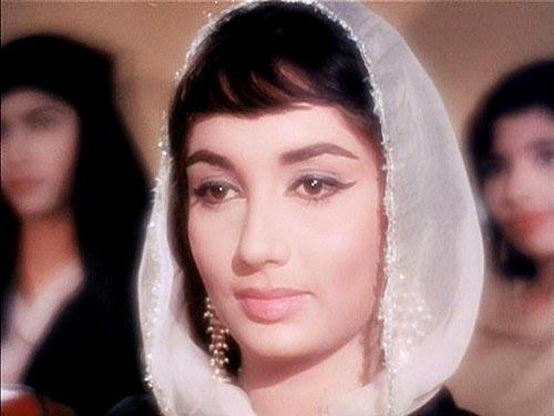 जयंती विशेष: राजकपूर की एक नायाब खोज थीं साधना, 60 के दशक की सबसे महंगी अभिनेत्रियों में शुमार