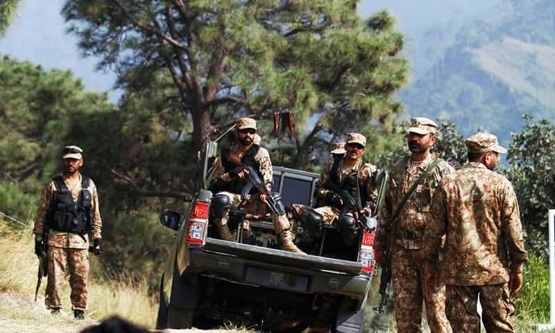पाकिस्तान ने बॉर्डर पर की अपने बेहद खतरनाक एसएसजी कमांडो की तैनाती, 400 आतंकियों की घुसपैठ की फिराक में पाक सेना
