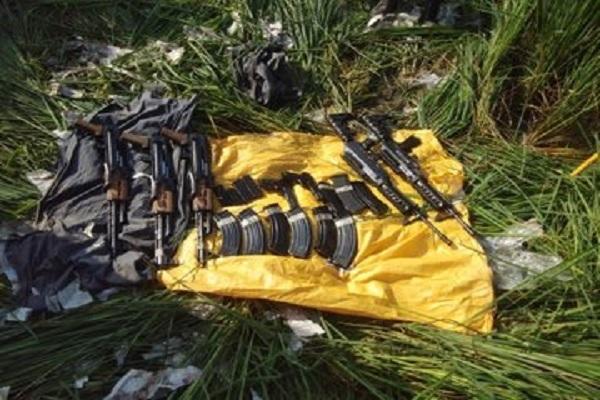 भारत-पाकिस्तान बॉर्डर पर BSF को बड़ी कामयाबी, AK-47 समेत तस्करी के लिए लाए गए कई हथियार जब्त