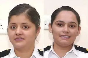 भारतीय नौसेना ने ऑब्जर्वर्स के तौर पर 2 महिला अधिकारियों को चुना, थर-थर कांपेंगे दुश्मन