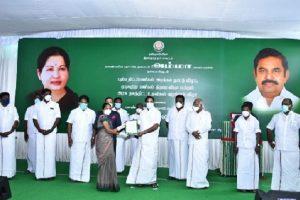 तमिलनाडु: गलवान में शहीद हुए जवान की पत्नी को सीएम पलानीस्वामी ने दी नौकरी