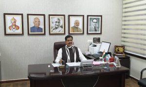 कोरोना का कहर जारी: रेल राज्यमंत्री सुरेश अंगड़ी का निधन, वायरस के कारण मरने वाले देश के पहले केंद्रीय मंत्री और चौथे सासंद