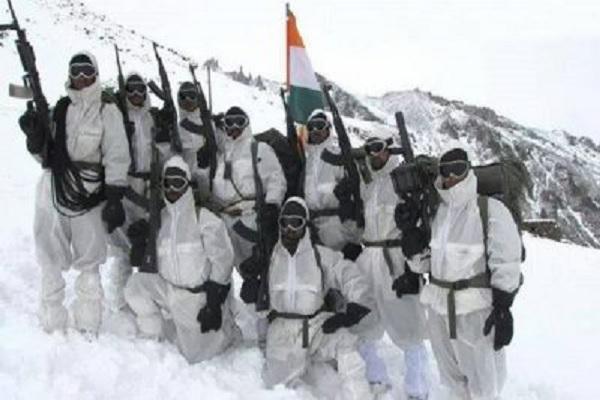 LAC पर -20 डिग्री तापमान में पूरी तैयारी के साथ डटी है भारतीय सेना, चीन ने सर्दियों से निपटने के लिए उठाया ये कदम