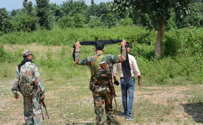Bihar Assembly Election 2020: लखीसराय में पुलिस चला रही जबरदस्त अभियान, नक्सलियों की अब खैर नहीं