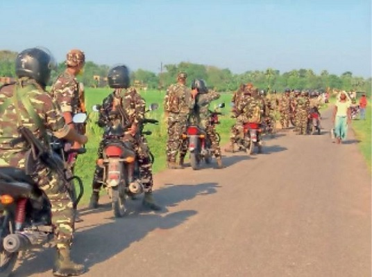 Bihar Assembly Elections 2020: चुनाव के मद्देनजर मुजफ्फरपुर पुलिस हुई सतर्क, SSB ने नक्सल प्रभावित इलाकों में किया फ्लैग मार्च