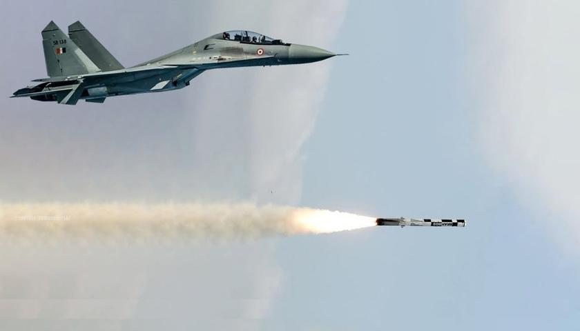 सावधान ड्रैगन! एक भी गलती तुम पर पड़ेगी भारी, चीन सीमा पर भारत ने तैनात की दुनिया की सबसे घातक क्रूज मिसाइल
