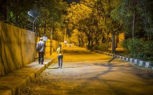 अपराध को रोकने के लिए पुलिस की मुहिम, रात में बेवजह घूमते पकड़े गए तो होगा माता-पिता से सामना