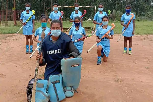 छत्तीसगढ़: नक्सल प्रभावित इलाकों की इन लड़कियों का हॉकी की नेशनल टीम में हुआ चयन, ITBP ने दी ट्रेनिंग