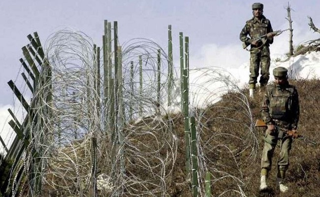 Jammu-Kashmir: अपनी हरकतों से बाज नहीं आ रहा पाकिस्तान, फिर तोड़ा सीजफायर