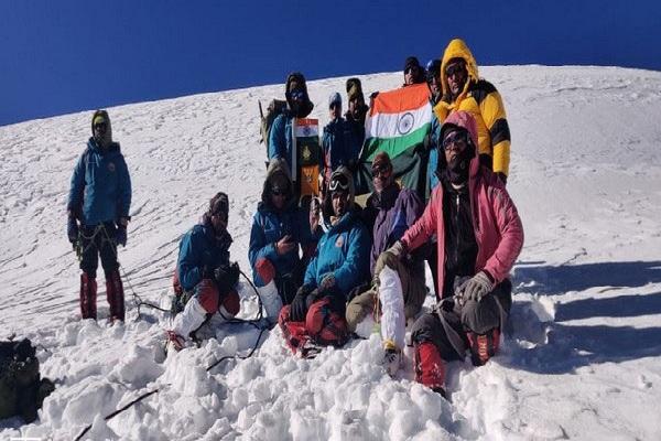 कोरोना काल में ITBP की पर्वतारोही टीम का कमाल, गंगोत्री पर पूरी की चढ़ाई