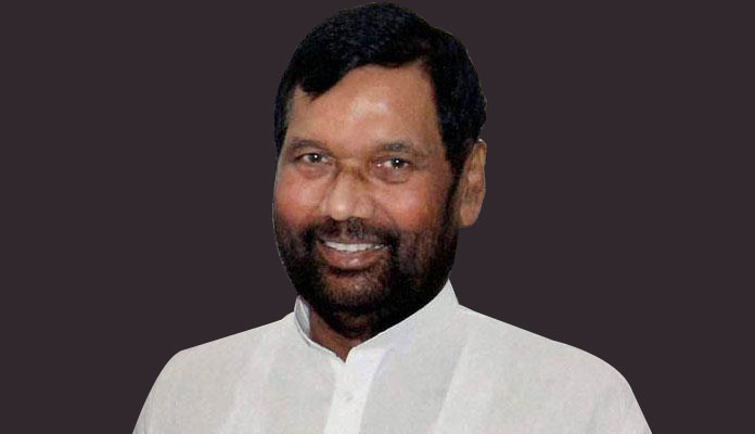 केंद्रीय मंत्री और दलितों के मसीहा रामविलास पासवान का निधन, 2 अक्टूबर को हुई थी हर्ट सर्जरी