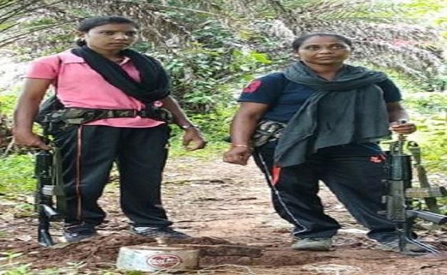 Chhattisgarh: नक्सलियों के खिलाफ मैदान में हैं ये महिला फाइटर्स, इनके कारनामे जानकर आप भी रह जाएंगे हैरान