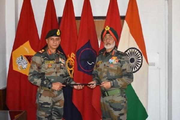 लद्दाख: लेफ्टिनेंट जनरल पीजेके मेनन को मिली सेना की 14 कोर की कमान, हर हालात से निपटने में हैं माहिर