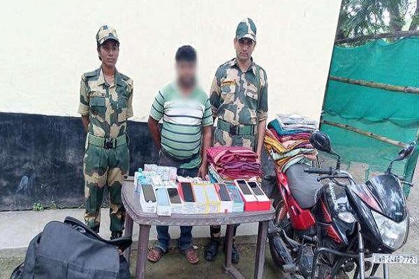 भारत से बांग्लादेश में तस्करी करने वाले रैकेट का भंडाफोड़, BSF ने एक शख्स को गिरफ्तार किया