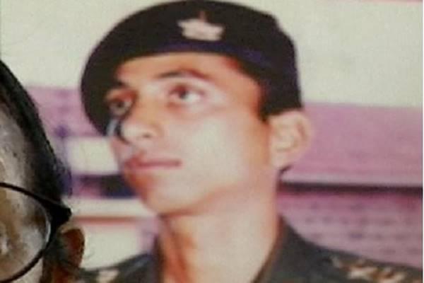 Kargil War: मेजर अजय प्रसाद ने युद्ध में 2 चौकियों पर फहराया था तिरंगा, देश के लिए हो गए कुर्बान