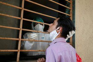 Corona Updates: भारत में संक्रमितों की संख्या पहुंची 93 लाख के पार, दिल्ली में डरा रहे मौत के आंकड़े