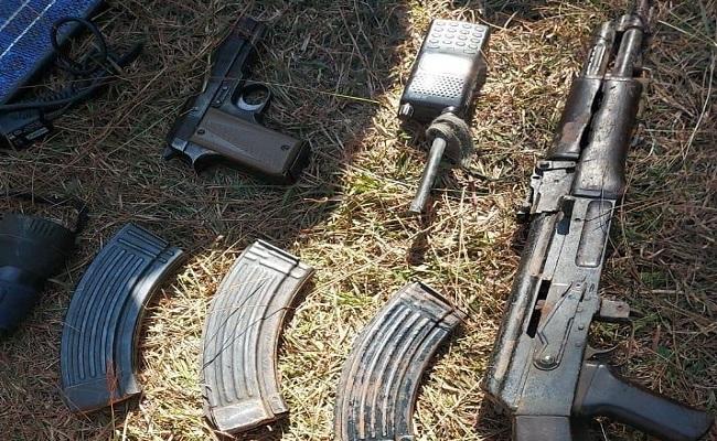 Jammu and Kashmir: सेना ने बड़े आतंकी ठिकाने का भंडाफोड़ किया, हथियार और गोला-बारूद बरामद