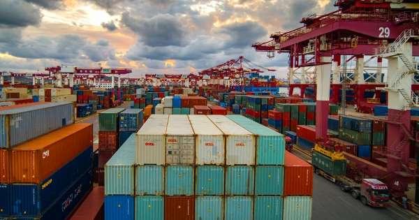 अमेरिका-चीन ट्रेड वार का फायदा उठा रहा है भारत, ग्लोबल मार्केट में भारतीय कंपनियों की हिस्सेदारी में जबरदस्त उछाल