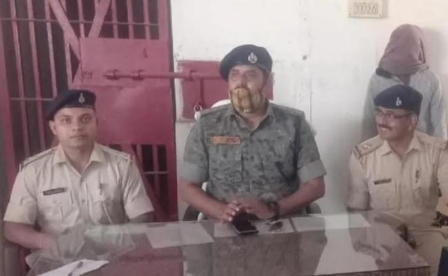 झारखंड: चतरा पुलिस को बड़ी कामयाबी, टीएसपीसी के नक्सली को किया गिरफ्तार