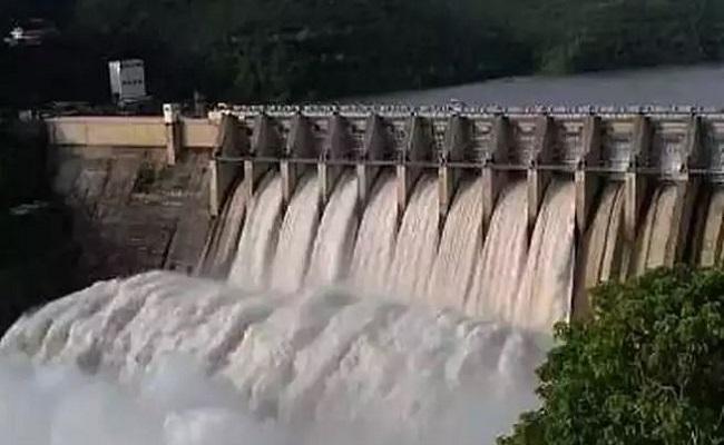 चीन की नई चालबाजी, अरुणाचल सीमा के पास ब्रह्मपुत्र नदी पर बनाने जा रहा बांध