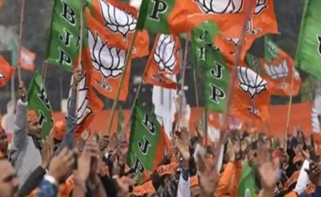 By Polls: 11 राज्यों की 58 विधानसभा सीटों पर दिखाई दे रहा BJP का दबदबा, आज आएंगे परिणाम