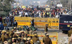 किसानों ने केंद्र की शर्तों को ठुकराया, दिल्ली में प्रवेश करने वाले सभी रास्ते बंद करने की दी धमकी