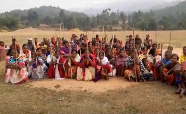 झारखंड: गिरिडीह में ग्रामीणों ने किया पुलिस पिकेट के निर्माण का विरोध, कहा- जान दे देंगे, जमीन नहीं देंगे