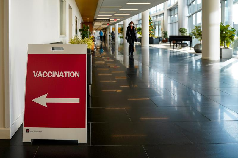 Good News: अमेरिका ने कोरोना वैक्सीन के आपात इस्तेमाल की दी इजाजत, महामारी में फाइजर कंपनी की वैक्सीन 95 फीसदी कारगर
