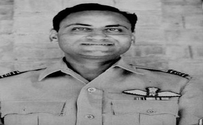 विंग कमांडर धीरेंद्र सिंह जाफा 1971 की जंग में थे युद्धबंदी, पाक सेना ने दी थीं असहनीय यातनाएं