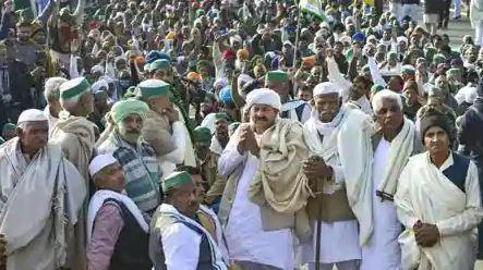 किसान आंदोलन का 22वां दिन: हजारों किसानों के साथ गाजीपुर बॉर्डर पहुंचे टिकैत ने सरकार से जिद छोड़ने की अपील की