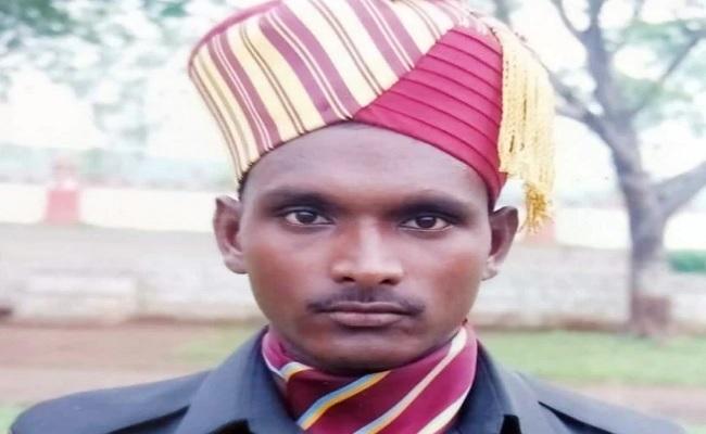 जम्मू-कश्मीर: टाइगर हिल इलाके में तैनात जवान प्रदीप साहेबराव मांदले शहीद, बर्फ में दब गया था शरीर