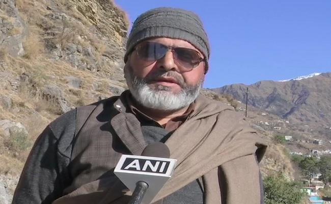 जम्मू-कश्मीर: 7 साल आतंकी संगठन में कमांडर रहे मुनाफ मलिक ने भी लड़ा DDC का चुनाव, जानें मामला