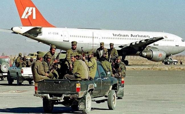 Kandahar Plane Hijack: जब यात्रियों की जान बचाने के लिए भारत सरकार को छोड़ने पड़े थे 3 आतंकी, जानें कहां हैं वो तीनों
