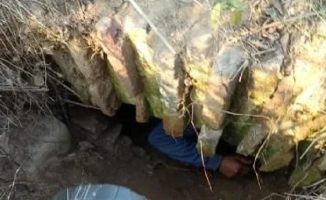 पंजाब: पठानकोट में सैन्य क्षेत्र के पास मिली 100 मीटर लंबी सुरंग, मचा हड़कंप