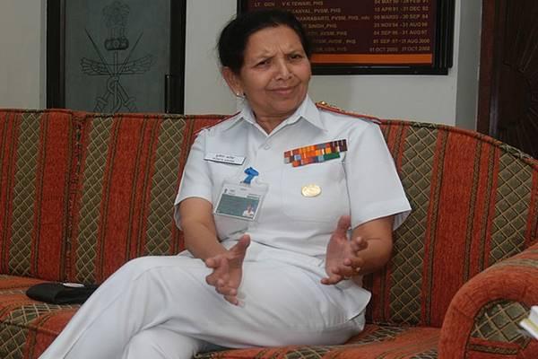 पुनीता अरोड़ा रही हैं भारतीय नौसेना की पहली महिला लेफ्टिनेंट जनरल, नारी की शक्ति दुश्मनों पर पड़ती रही है भारी